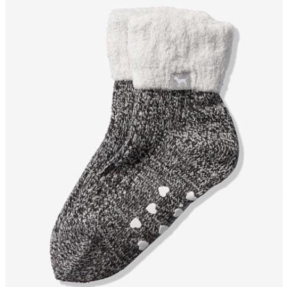 PINK Victoria's Secret Accessories - NWT PINK VS Cozy Lined Crew Socks